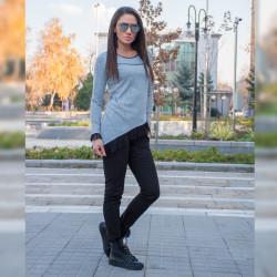 Стилен дамски комплект туника с тюл (Сива) с еластичен зимен панталон (Черен)