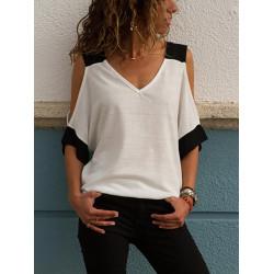 Привлекателна дамска блуза с голо рамо