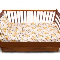 Комплект от спално бельо за бебе Сърнички